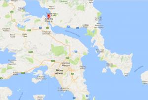 Atina'dan Halkis'e otobusle ya da kisisel aracinizla yaklasik 80 dakikada ulasabilirsiniz.