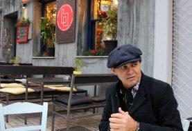 """Ünlü gezgin Ayhan Sicimoglu; """"Atina'da hem karnınız hem de ruhunuz doyar"""""""